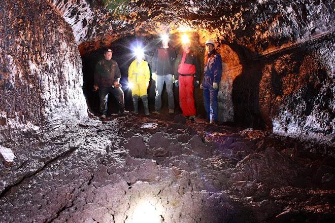 Caves in Iceland - Vatnshellir cave - Lofthellir cave - Búri cave - Thrihnukagigur cave - Gjábakkahellir cave